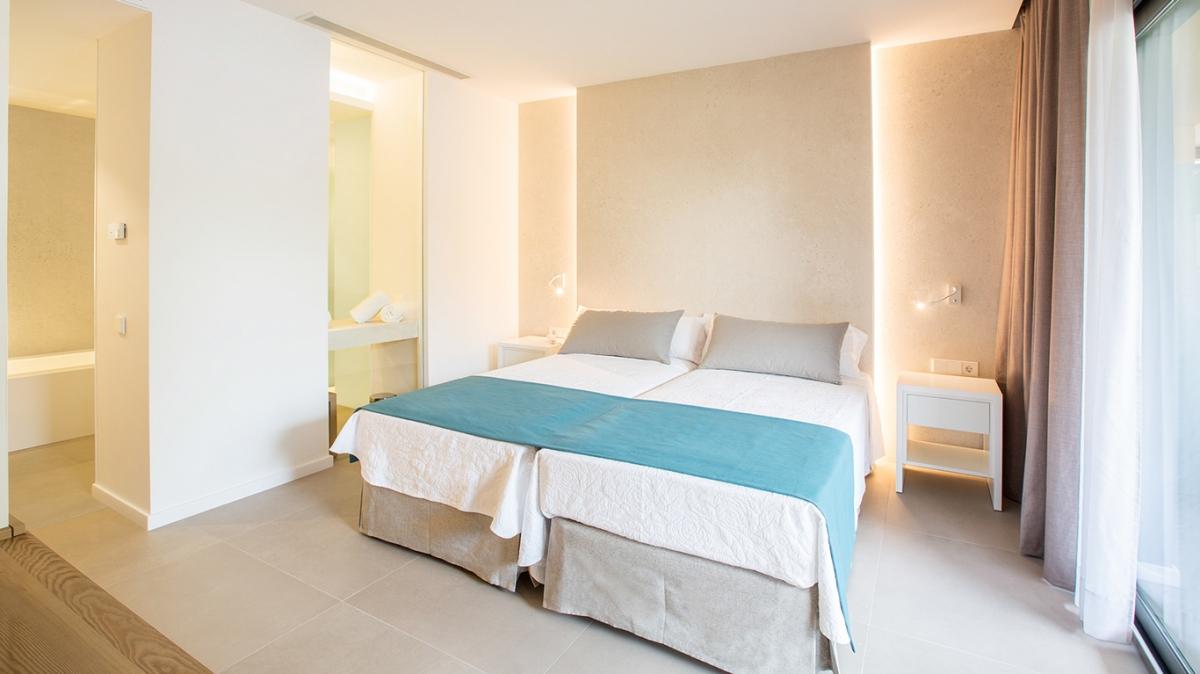 junior_suite_vista_piscina_hotel_cosmopolitan_2_1499253458